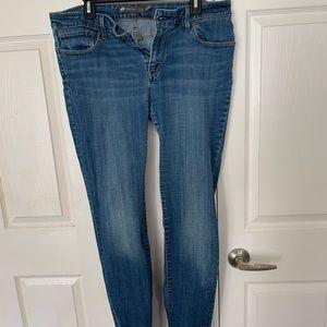 Levis Straight leg jeans 17